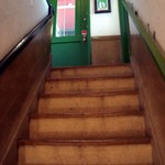 イルベッカフィーコ - 急な階段を2Fへ