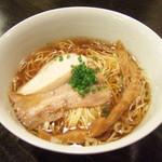 華麗なるカレー - 甲斐路軍鶏の醤油ラーメン(10/8ガイ・キッチン)