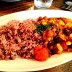 ロス・バルバドス - 17回目 2013年10月10日 ケニア キクユ族の料理ギゼリ