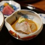 徳 うち山 - 鯛茶