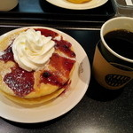 タリーズコーヒー - パンケーキ ブルーベリー&本日のコーヒー 830円