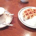 カフェ ティシャーニ - ケーキセット