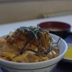 ひら川 - カツ丼味噌汁付き