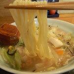 九州鍋家 KATETE - 「長崎」ちゃんぽんの麺