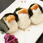 Rikyu Omoya - 料理写真:大人気のえびむすび!プリプリのえびにカリッとした衣がついてて、おいしい!