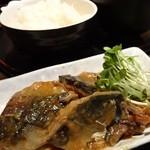 AZABU屋 - 本日のランチ:サバの味噌煮