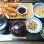 新日本料理 美正 - 海老フライ¥900