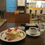 21804081 - バターミルクパンケーキと珈琲