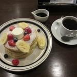 21804085 - バターミルクパンケーキと珈琲