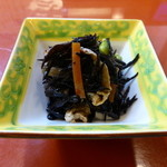 おきらく割烹 東山 - 料理写真:東山御膳(伊勢鹿尾菜煮)