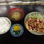 八栄 - とん平焼き定食