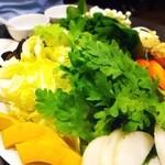 21809532 - お野菜もたっぷり食べましょう