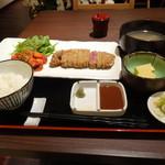 21812495 - 特製牛かつ膳 小鉢・高原野菜とラタトゥイユ添え・たっぷり野菜のけんちん汁・白飯