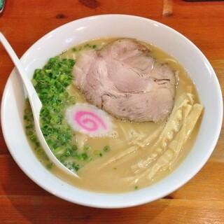 麺屋 菜々兵衛 - 鶏白湯・醤油+大盛(750円)