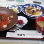 海岸亭 - いくら丼