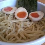 21825985 - 特つけ(並)麺¥750、味付け卵¥100