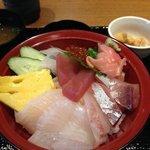 薩摩魚鮮水産 - 錦江湾直送 地魚海鮮丼:900円