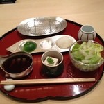 天ぷら 一宝 - 胡麻豆腐とサラダ