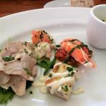タボーラ タパス - Cランチ、前菜5種、パン
