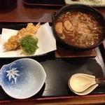 一歩庵 - 料理写真:味噌煮込み ( д )ゲキマズー 串カツていしょの串カツは小さいし、ご飯は器の匂いがして( д )ゲキマズー 二度と訪れません…>_<…