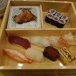 21837830 - 寿司と焼き魚