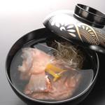 魚信旅館 - アコウ潮汁