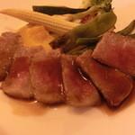 レストラン レトロワ - メインのお肉料理\800でランクアップしました。