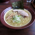 らーめん 和 - 料理写真:塩らーめん(600円)