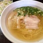 麺屋 一忠 - 赤鶏ラーメン500円