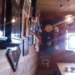レストランれむの巣 - どこか懐かしい雰囲気
