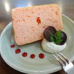 カフェコイル - 木イチゴのシフォンケーキ☆