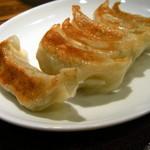 上海厨房 - 餃子(420円)