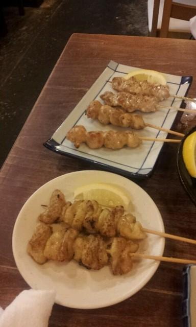 姫路でつくね、国産鶏など美味しい焼き鳥が味わえ …
