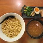 春樹 - 超濃厚魚介とんこつつけ麺 780円