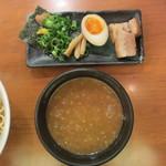 春樹 - 超濃厚魚介とんこつつけ麺つけ汁