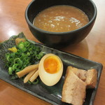 春樹 - 超濃厚魚介とんこつつけ麺