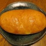ブーランジェリー・マシュー - オリーブオイルと塩のパン¥100