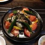 炭焼 ホルモン & 焼肉 浜幸 - 浜幸サラダ
