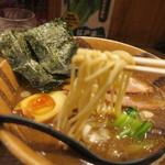 オリきん - 麺もちもちでうまい!