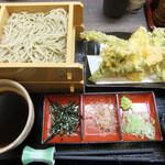 ゆらり - 春野菜天そば