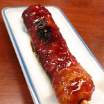 もつ焼き 肉の佐藤 - 鳥つくね串焼120円