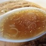 鶴麺 鶴見本店 - スープ