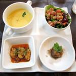 キッチンスヌーグ - 前菜3種とスープ