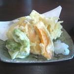 信州そば処 そば茶屋 - 天ぷら