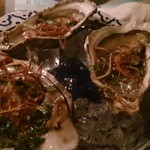 まんごや - このごろ病み付きのブランド牡蠣「大黒神」のスパイシーサラダ