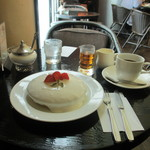 ブリッヂ - スノーホワイトパンケーキセット