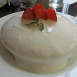 ブリッヂ - スノーホワイトパンケーキ