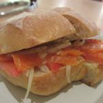 喫茶ハレの日 - ハレの日のサンドイッチ