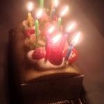 21888495 - はちみつロールケーキ、デコレーション