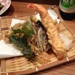 21889900 - 神無月の魚菜天ぷら盛り合わせ